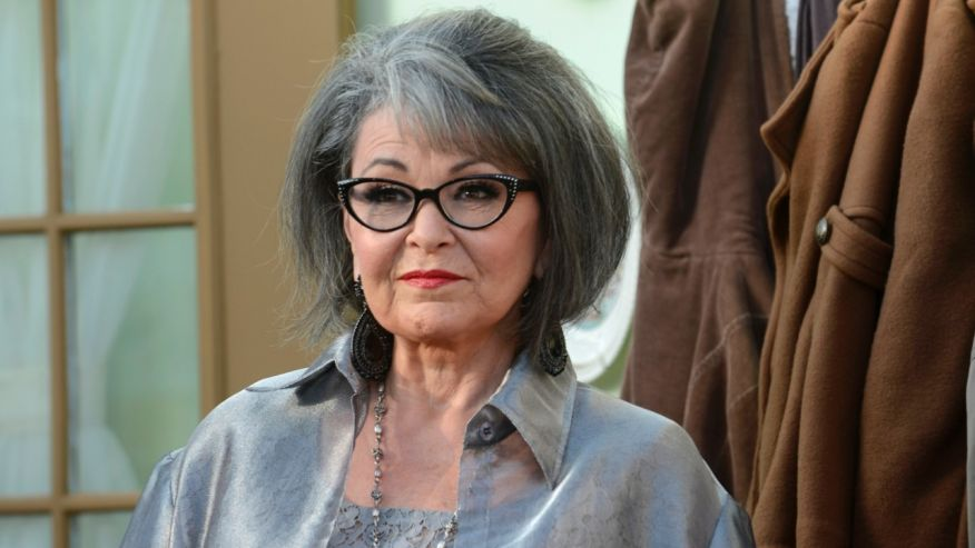 Roseanne Barr denies she's a Trump supporter